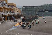 Parra se lleva la victoria en la 1ª manga de Challenge 80-Moto4