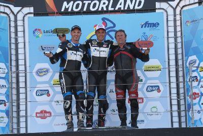 Irizabal, Cortijo y Andreu se llevan la victoria en las Clásicas de Motorland