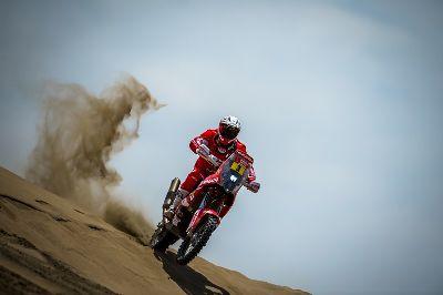 Gerard Farrés, mejor español en la tercera etapa del Dakar