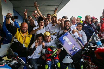 Carmelo Morales se proclama campeón de España de SuperStock1000