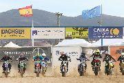Espectáculo y récord de asistencia en el Motocross de Albaida