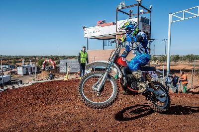 MX Clásico: Güeñes se contagia del mejor Motocross Clásico