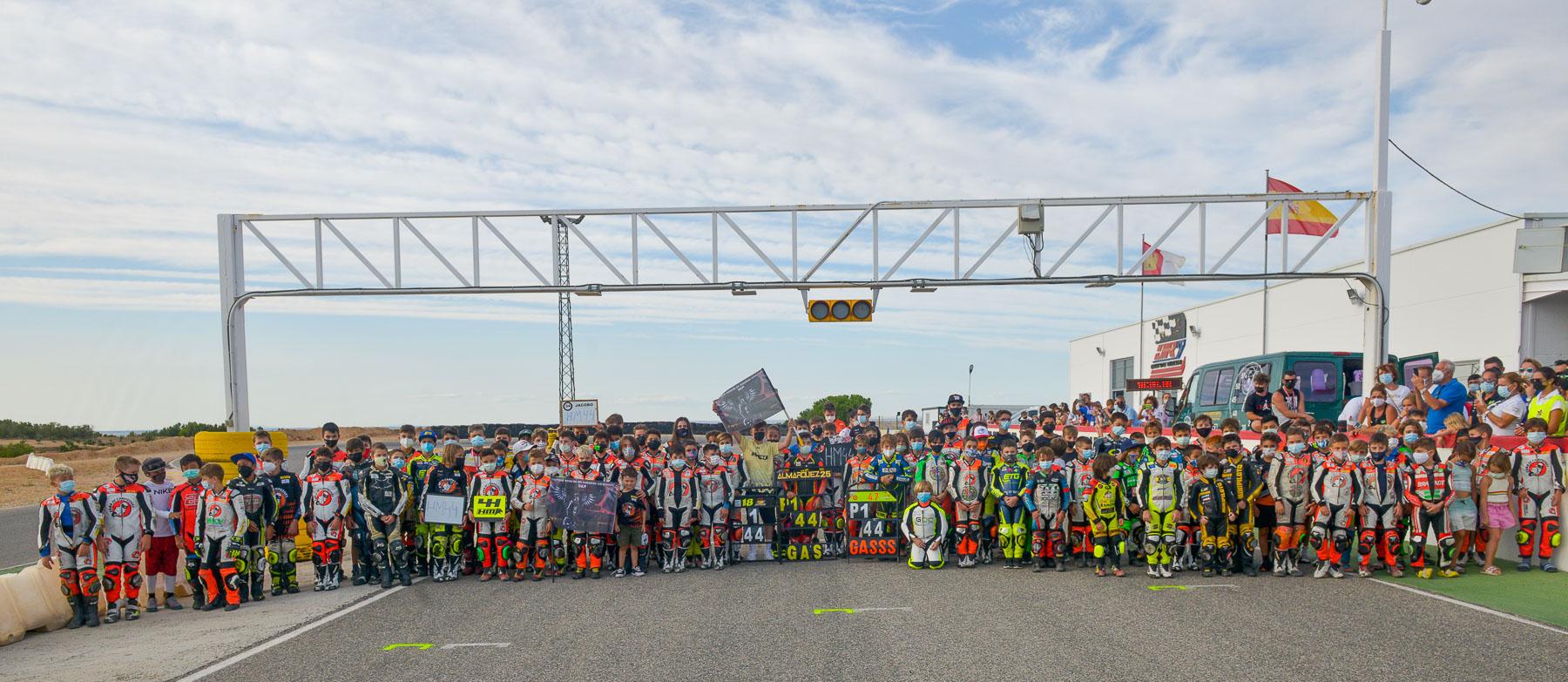 Victorias para Luis Miguel López en Moto5 y Alberto Enriquez en FIM MiniGP Spain Series